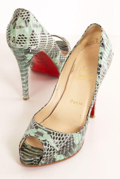 Snakeskin,red, heels