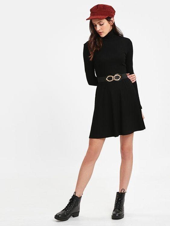 Lcw Bayan Elbise Modelleri Siyah Kisa Uzun Kol Bogazli Klos Etekli Elbise Siyah Bagcikli Bot Moda Stilleri Moda Moda Trendleri