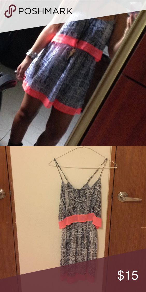 Dress Beautiful short Dress with a colorful stripe.❤️ It is xsmall but fit like an small  Aeropostale Dresses Mini