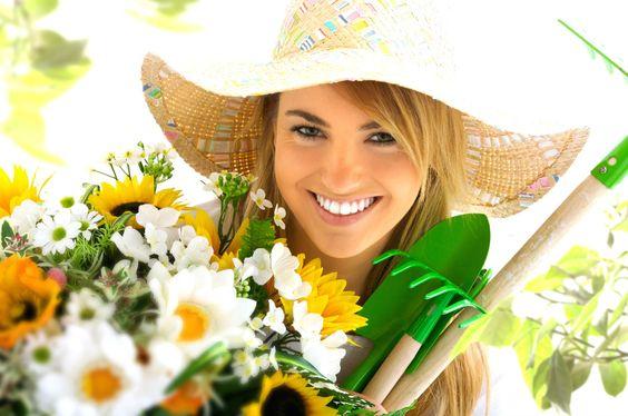 ¿Sabías que hacer jardinería mejora tu salud?