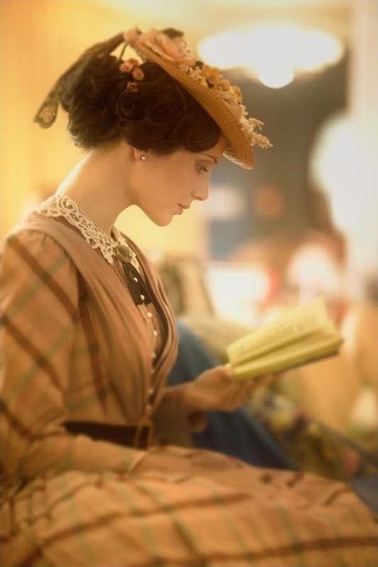Woman reading: