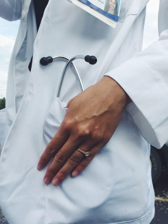 Marriage and Med School - Stethoscopes, Simplicity & Syrah