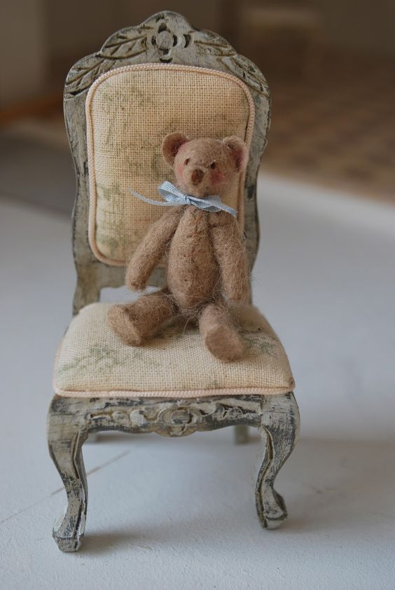 Small Happiness: french chair and teddy bear