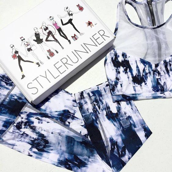 Sport luxe style made easy with the Varley Pico Compression Tight and Dee Crop  We're loving the Skyscape print! (We're also loving our LIMITED EDITION Stylerunner Christmas boxes!)  Shop Varley at Stylerunner.com #stylerunner