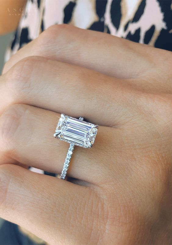 Engagement Ring Trends All Brides are Drooling Over in 2021, e94b23eec6b3ec29027a3a8be37b14d3