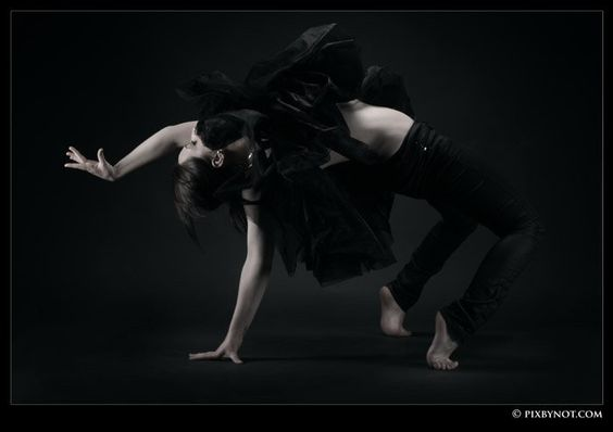 Nöt Pixbynot Photography. Expressive!  #photography #bw #dancers #photographer #art #dance #pixbynot