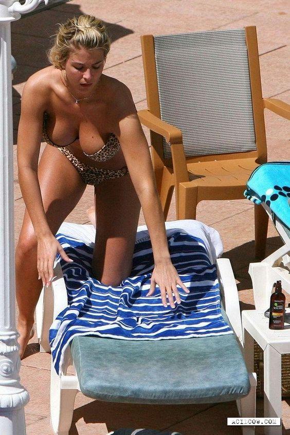 Hot & Sexy Gemma Atkinson photo collection