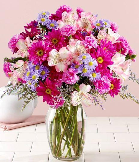 bouquet floral de flores silvestres ideal para decorar bodas y eventos al aire libre