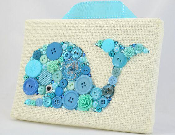 Verkauf Button Kunst Blauwal Whale Wand von PaintedWithButtons