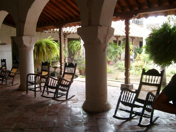 Classic Mompox house include chairs and gardens
