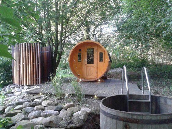 FinnTherm Fass-Sauna Max Saunas, Gärten und Außensauna - dusche im garten erfrischung sommer