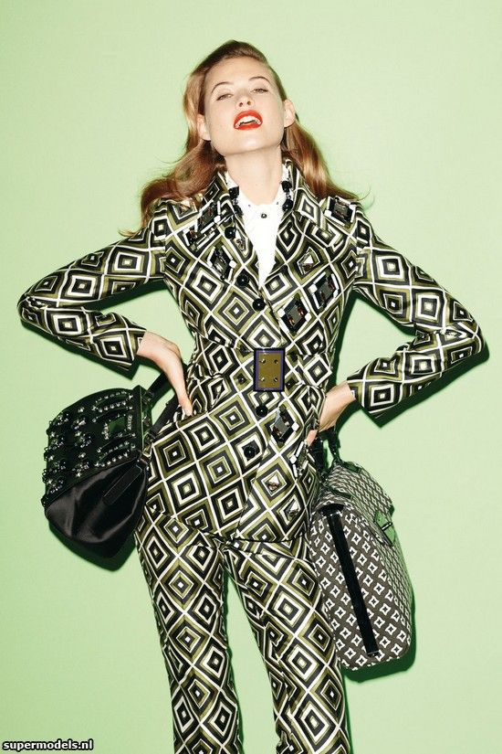 Behati Prinsloo by Thomas Schenk (Vogue Germany July 2012) Complete shoot after the click...