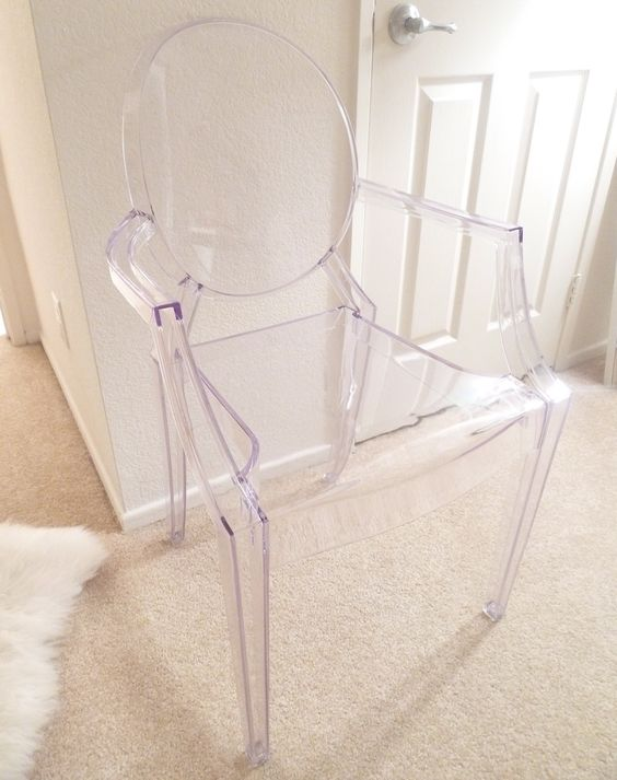 louis ghost chair by philip starck