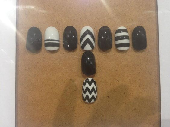 Monochrome stripes, chevrons and zigzags by wahnails