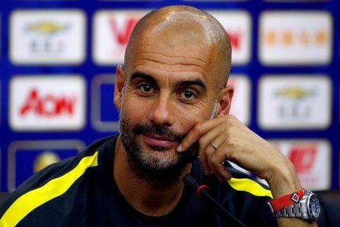 """Critiqué par Franck Ribéry, qui trouve qu'il """"parle trop"""", Pep Guardiola a réagi aux propos du Français. Sans rentrer dans la polémique, bien au contraire."""
