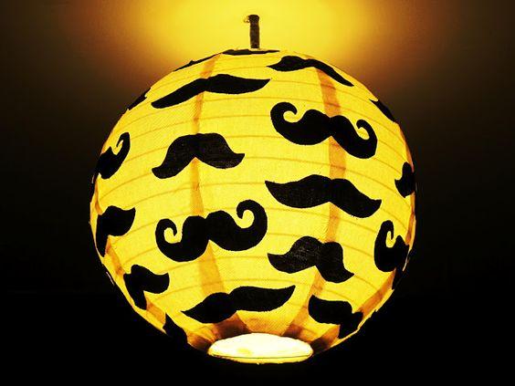 lustre banheiro masculino bigode