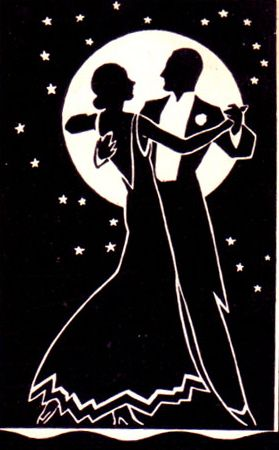 Resultado de imagen de pareja bailando un vals a la luz de la luna