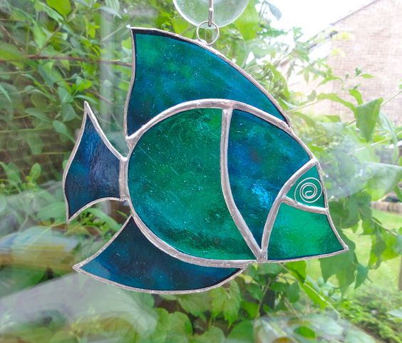 Stained glass fish suncatcher turquoise and teal for Stained glass fish patterns