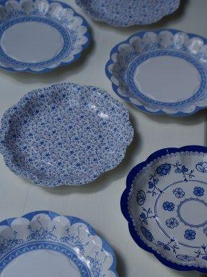 disposable Vintage Blue Plates