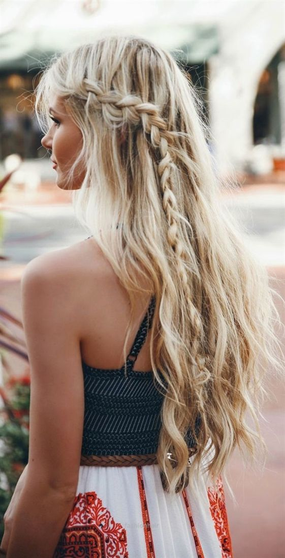 Accent Braids Are The Perfect Way To Dress Up A Simple Hairstyle Add A Dutch Br Cool Fashion Hair Hair Styles Long Hair Styles Boho Hairstyles