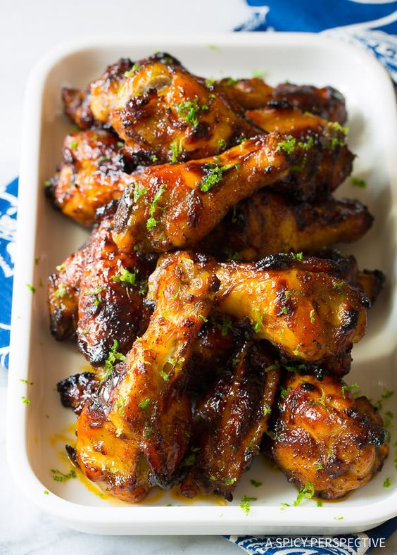 Easy 7-Ingredient Chili Lime Baked Chicken Wings Recipe. Big on flavor, yet quick to make! This simple oven chicken wings recipe is rich and tangy with just