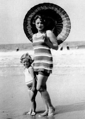 Marlene Dietrich and daughter Maria Reiner on the beach in 1928.