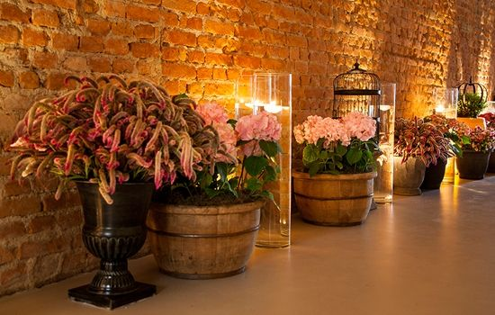 Shabby Chic Style Lucia Milan Floral Deisn Dahlias, roses, amaranthus, peony and many other species were used to enrich the space with textures. Location/Venue: Manioca Furninture: Festah