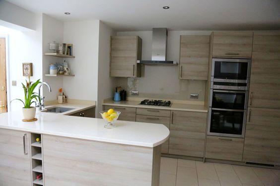 Whitewash Ash wood with light worktops by Hacker at The Kitchen - küchenzeile ohne hängeschränke