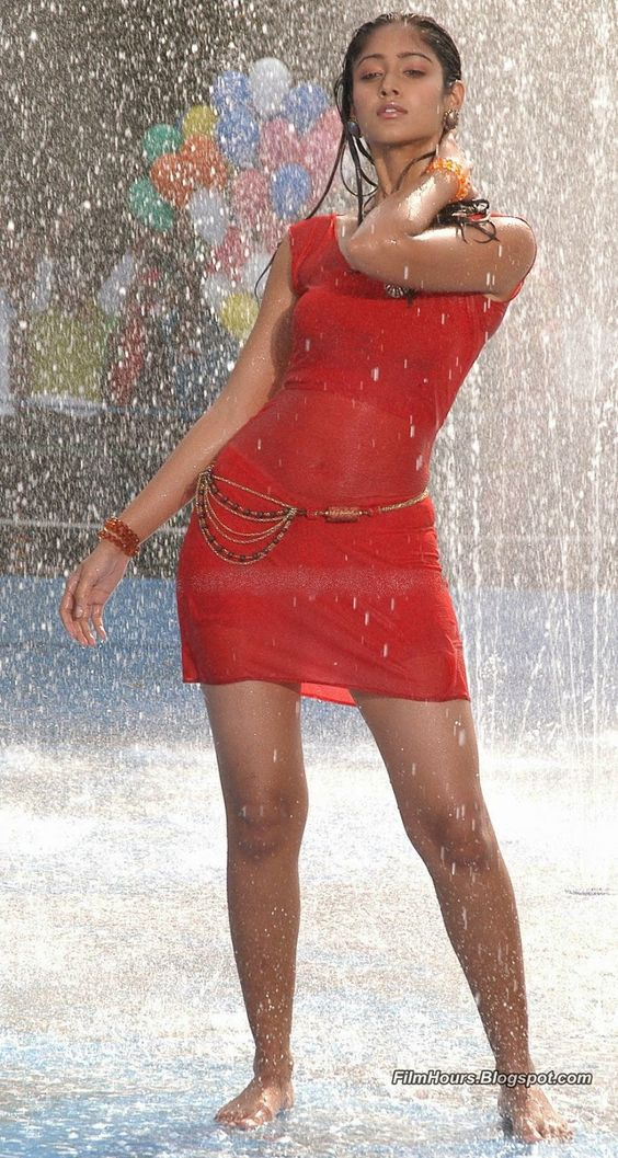Ileana D'Cruz hot stills spicy photos actress glamour navel pictures large HD images collection