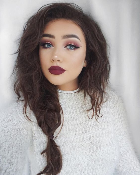 10 Winter Makeup Looks Perfect For Any Holiday Party