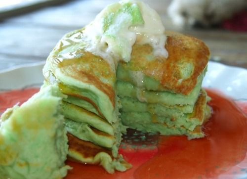 Pistachio Almond Pancakes!... it was good,l but it didnt come out looking like the pic and it was flat