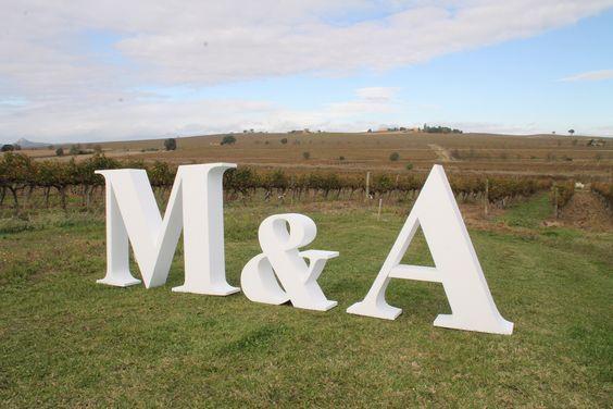 LETRAS PARA BODAS, Iniciales para boda en porexpam, altura letras 1200mm. #letrasparaeventos #letrasparabodas #letrasgigantes www.letrasydecoracion.es