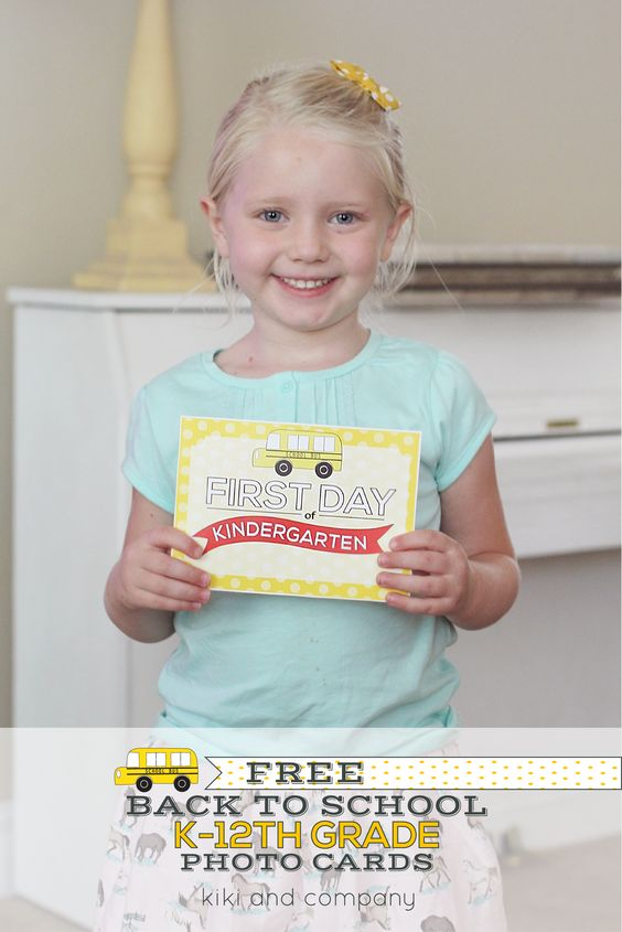 Free Back to School Photo Cards at kiki and company. Comes with coordinating Back to School Printable Interviews for K-12th grade!!
