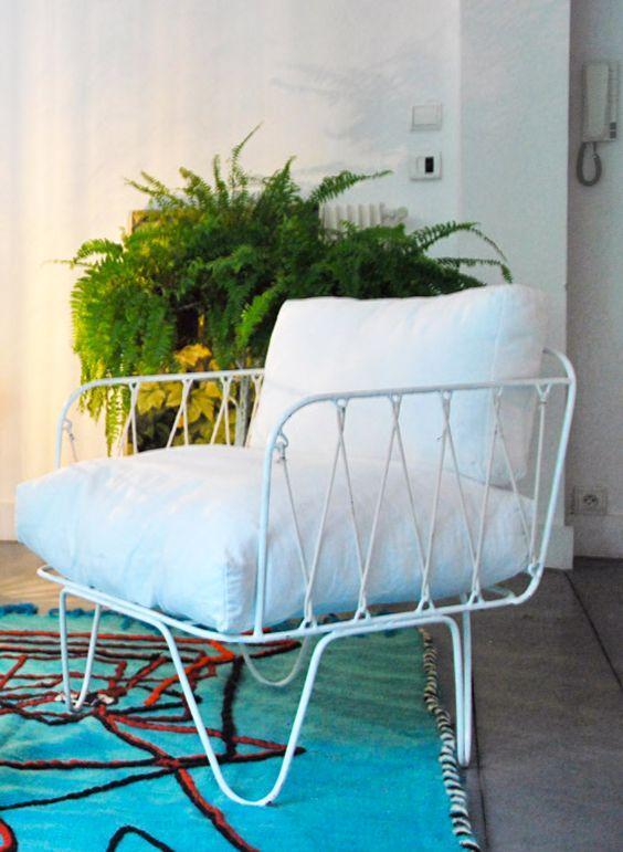 honor d coration marseille fauteuil 50 39 s fer et coussin structure en fer blanc vert d eau. Black Bedroom Furniture Sets. Home Design Ideas