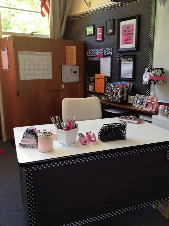 Office set up the teacher offices and classroom - Classroom desk organization ideas ...