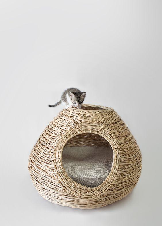 panier en osier pour chat niu par laia fust niu cat. Black Bedroom Furniture Sets. Home Design Ideas