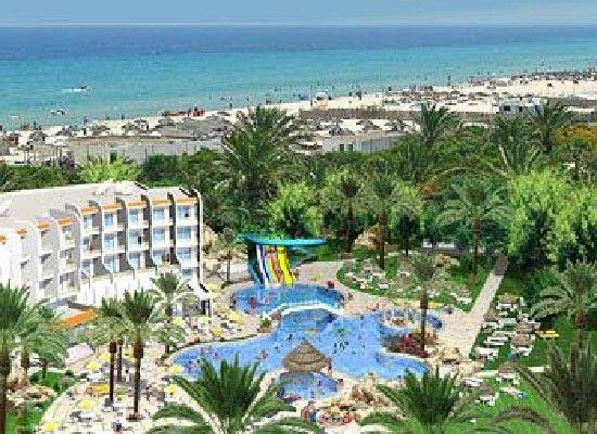 Tunesie Sousse  Hotel Marhaba Salem 4*.  Aan privé wit zandstrand. Zwembad, lekker relaxen. dchtbij Sousse Beach, Stade Olympique en Ribat of Sousse.