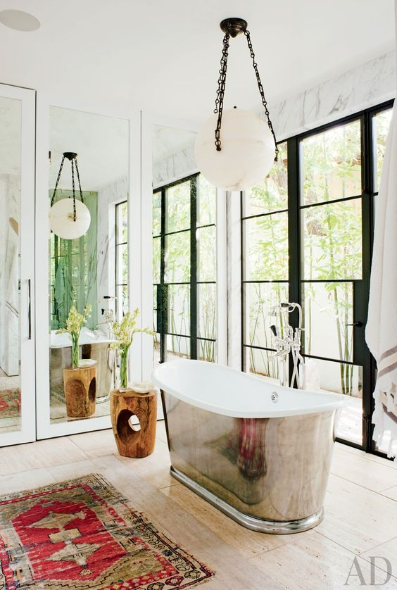 Persian rug in modern and white bathroom: