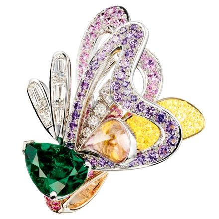 Boucheron – Bouquet d'Ailes ring set with emeralds, colored sapphires, fine stones and diamonds