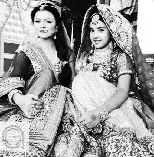 Roshni walia and aashka goradia | Love for faisal | Pinterest