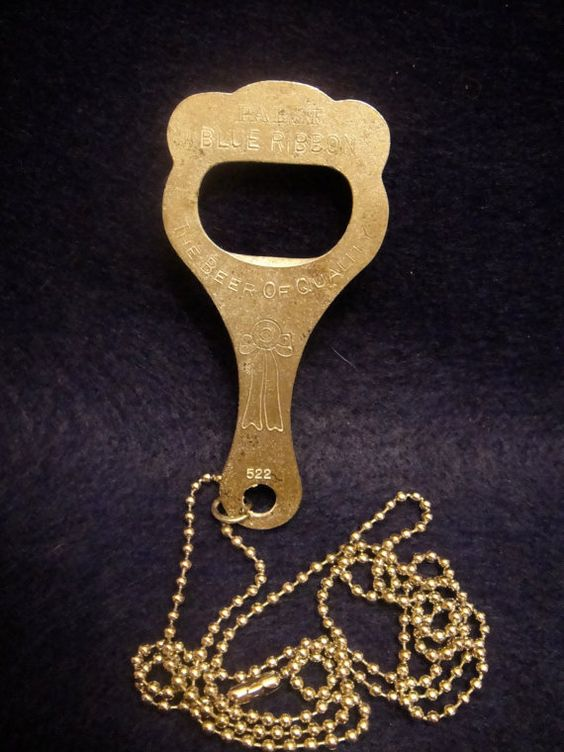 rare vintage 1930s 40s falls city beer steel church key bottle opener necklace keychain. Black Bedroom Furniture Sets. Home Design Ideas