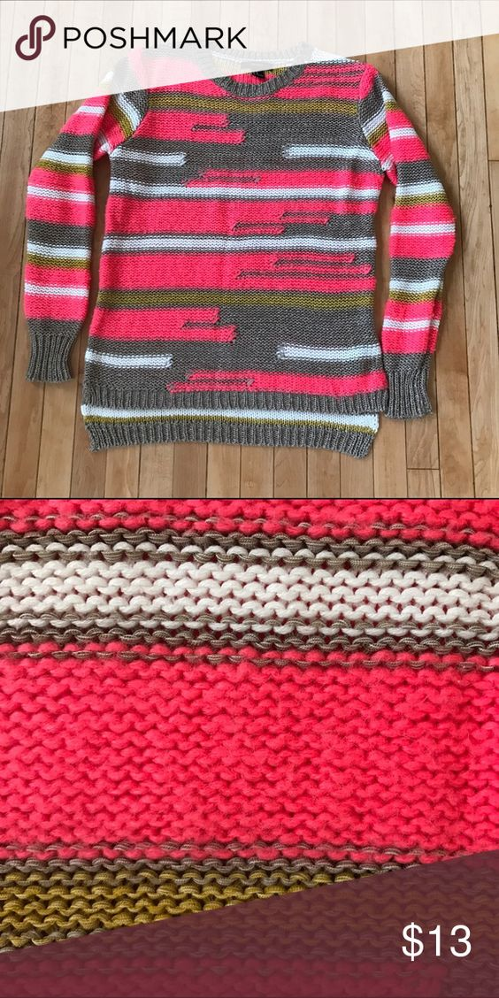 Funky, Chunky Sweater ⛄️ Winter Closeout This chunky sweater is slightly longer in the back to accommodate leggings. Long-sleeved, super comfortable and cute. Bright colors! Make an offer for winter closeout! Forever 21 Sweaters Crew & Scoop Necks