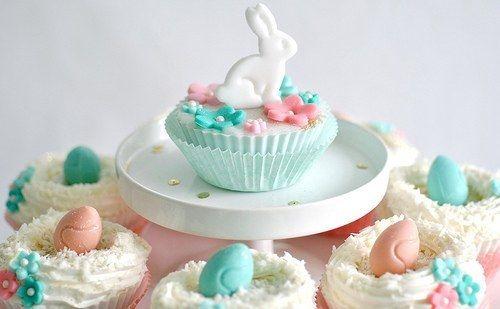 Fondant Bunny cake toppers