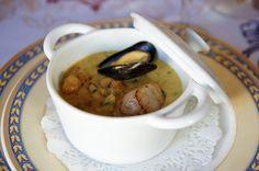 Pour une entrée originale et raffinée, optez pour les cassolettes de fruits de mer. Cette recette onctueuse et rapide à réaliser…