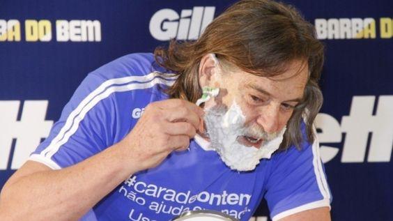 """Ator José de Abreu corta a barba em ação de marketing e diz que """"livrou-se de Nilo"""""""