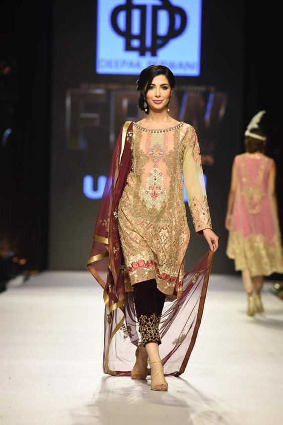 Deepak_Perwani_Bridal_Collection_Fashion_Pakistan_Week_4