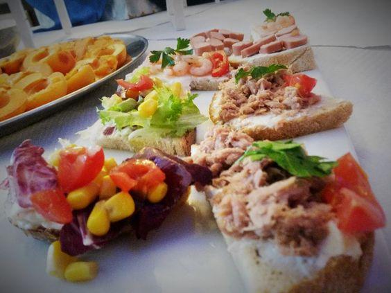 #aperitivo #bruschette #pomodori #tomato #tonno #tuna #tunasandwich #sandwiches #iloveit #bestof #bestoftheday #tomatoes #gourmet #fingerfood #appetizer #summer #photooftheday #pinterest #golosità #sfizio #cena #good #yummy #yummydishes #dinner #happyhour #miseenplace #essencewinebar #vino #wine #fresh #tasty #food #delish #delicious #eating #foodpic #foodpics #eat #hungry #foods #yum #TagsForLikes #yummy #amazing #photooftheday #sweet #sharefood