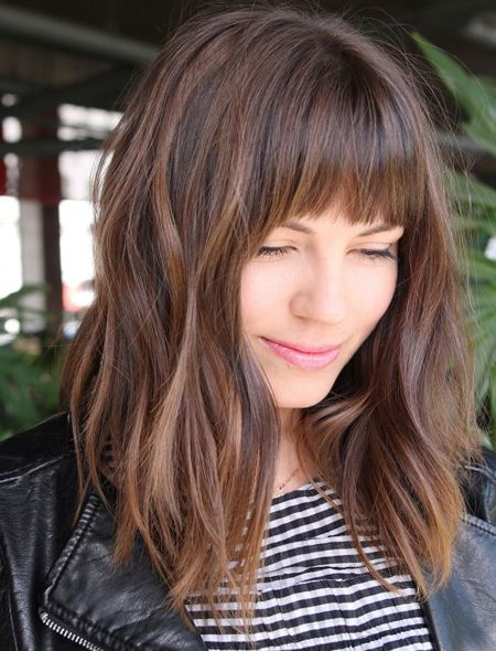 50 Best Medium Length Hairstyles For Thick Hair 2018 Knowledge Regarding Hairstyles Fashion Haircuts For Frizzy Hair Thick Hair Styles Hair Styles