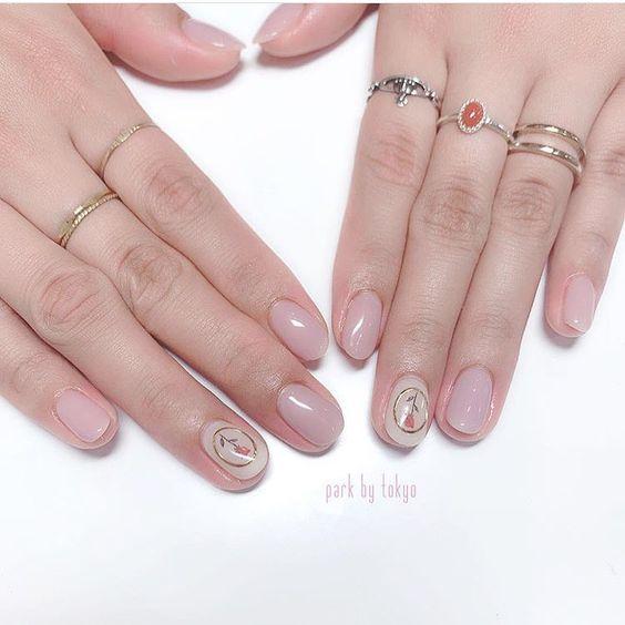 https://www.instagram.com/parkbytokyo/ NAIL ART VALENTINES ROSE SIMPLE NAIL MINIMAL LOOK