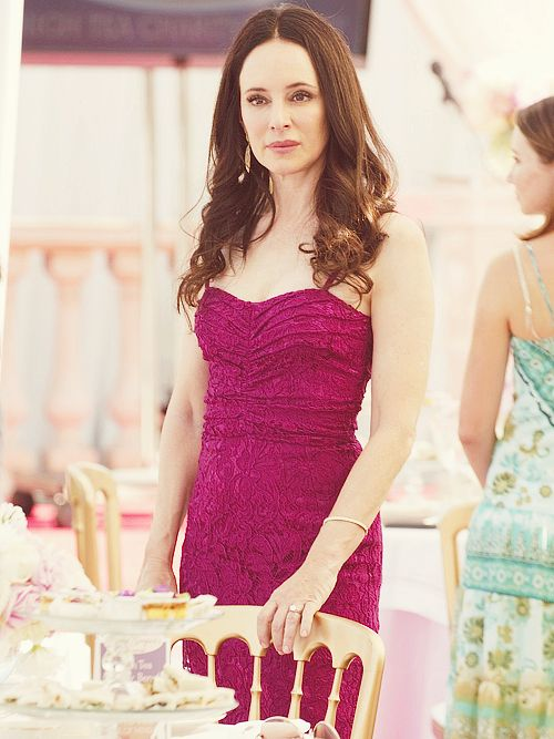 Victoria Grayson R E V E N G E Pinterest Fashion Styles Style And Inspiration